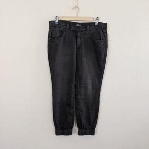 UO BDG Black 5-Pocket Crop Jogger Jeans